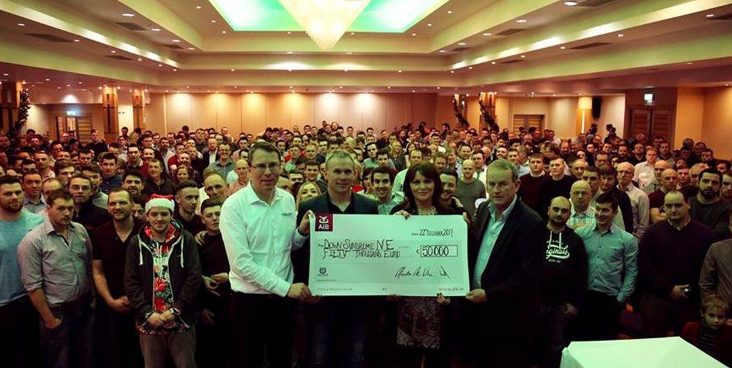 A Combilift nagylelkű felajánlást tett, és 50 000 eurót adományozott a helyi Down-szindróma központnak.